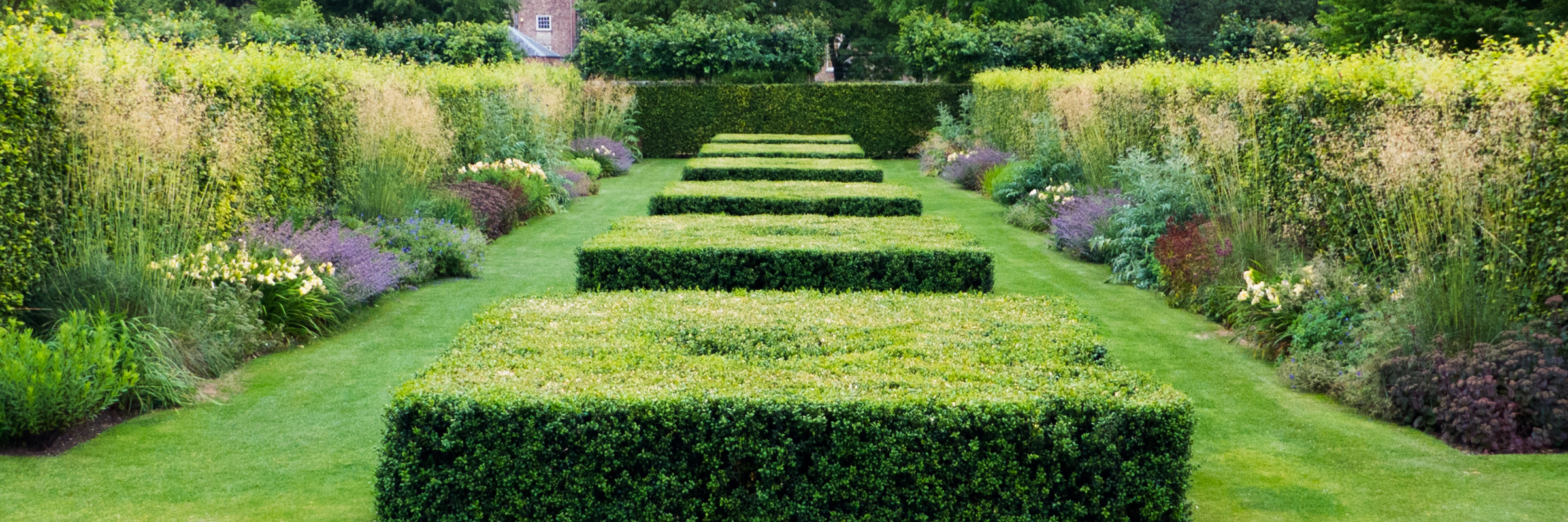 Scampston hall piet oudolf s garden design at scampston malton north yorkshire for Garden design yorkshire